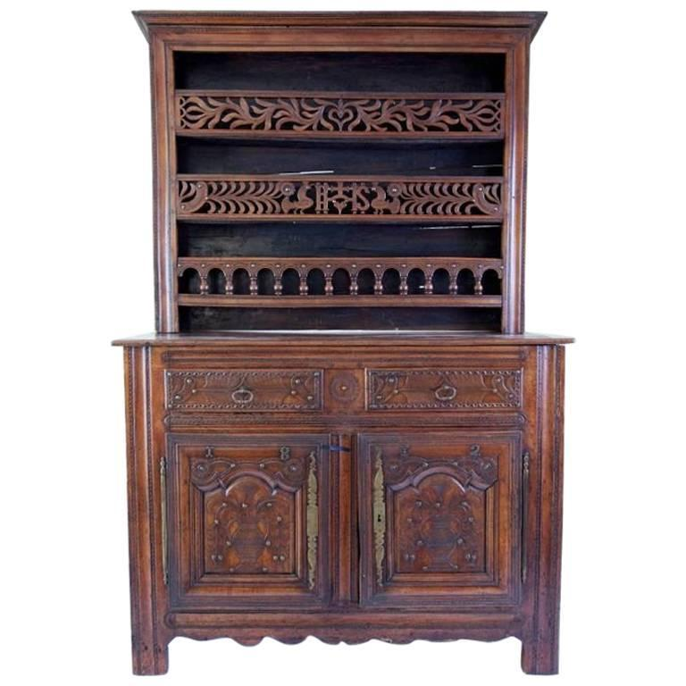 French Provincial Carved Walnut Vaisselier, 18th Century