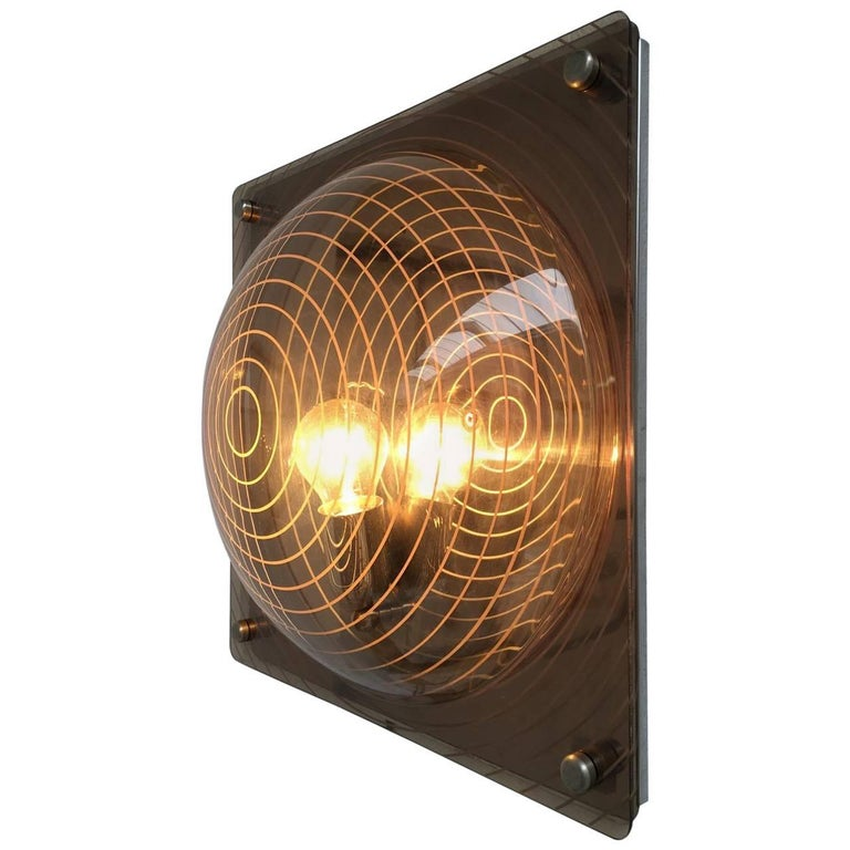 Stunning Plexiglass Light Sculpture in the Style of Ugo La Pietra, 1970, Italy For Sale