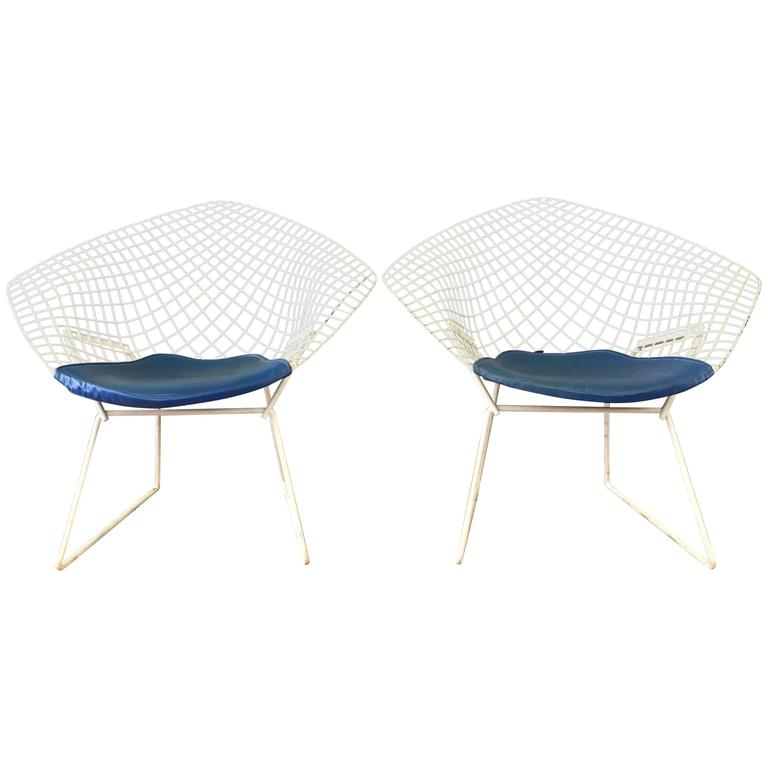 Pair Of Vintage Harry Bertoia Diamond Chairs For Knoll For Sale