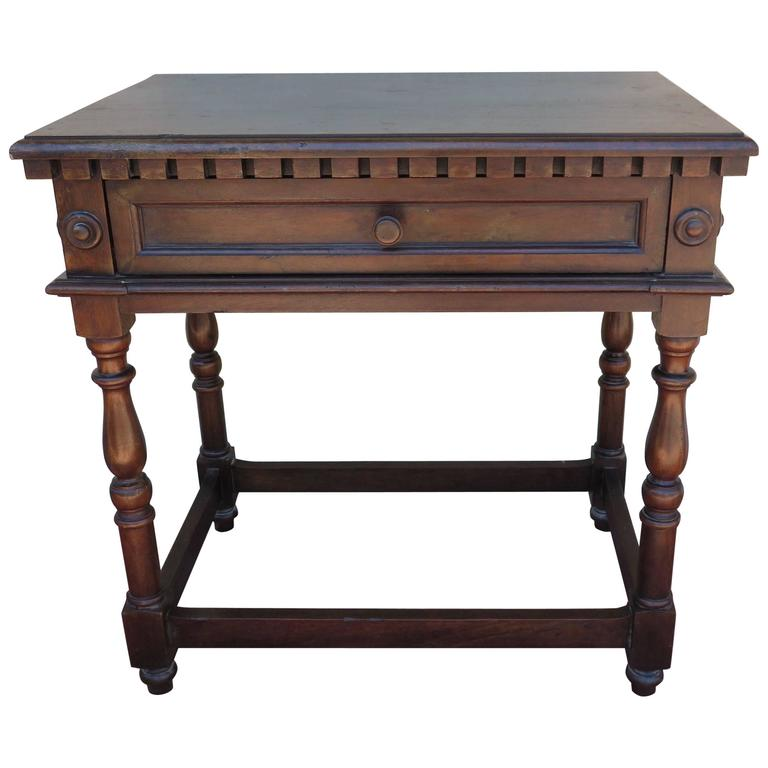custom italian baroque walnut period style side or end table for sale at 1stdibs. Black Bedroom Furniture Sets. Home Design Ideas
