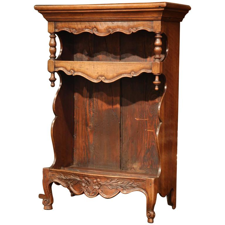 19th Century French Louis XV Carved Walnut Étagère Shelf from Provence