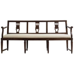 18th Century Italian Neoclassical Walnut Bench