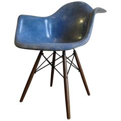 Eames Herman Miller Dowel Leg Chair