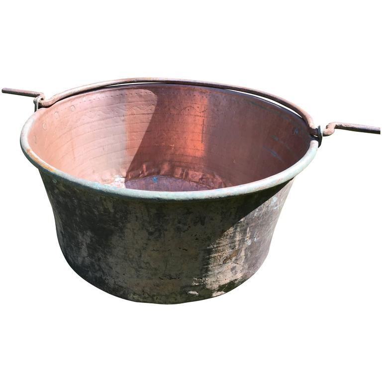 Large Hand-Chased 19th Century French Copper Cauldron For Sale