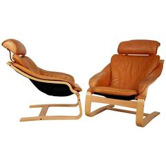 Pair of Leather Danish Modern Bentwood Lounge Chairs, circa 1970