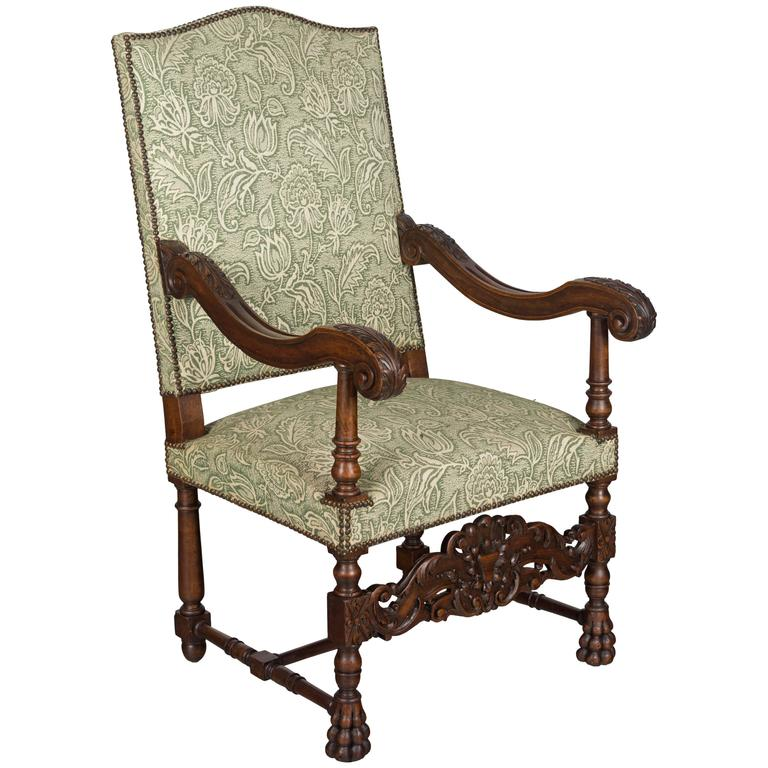 louis xiii style walnut fauteuil for sale at 1stdibs. Black Bedroom Furniture Sets. Home Design Ideas