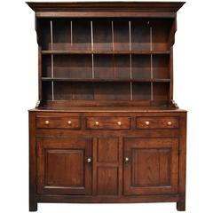 Elegant Early 19th Century Oak Dresser