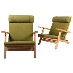 Pair of Rare Lounge Chairs by Wegner