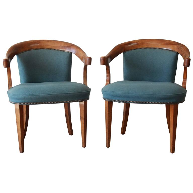 Baker Furniture Vintage Tiger Maple Library Chairs For Sale