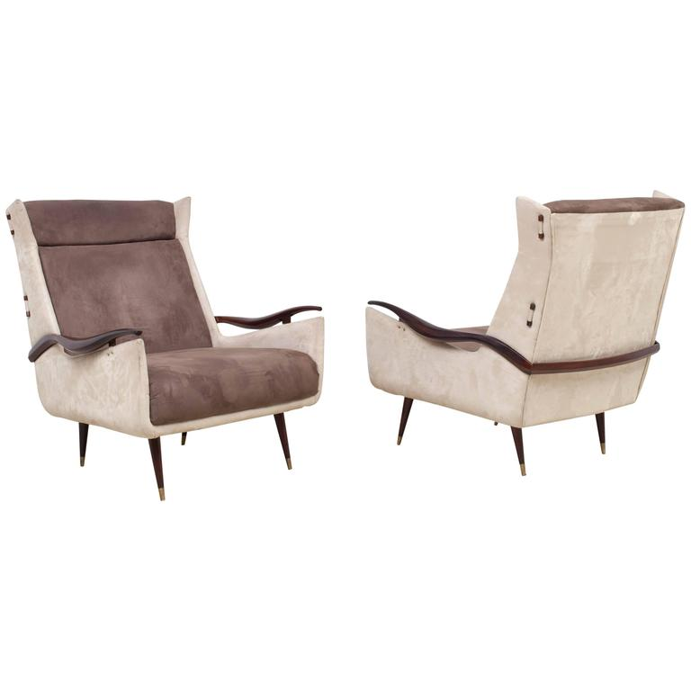 Two-Tone High Chairs by Jorge Zalszupin