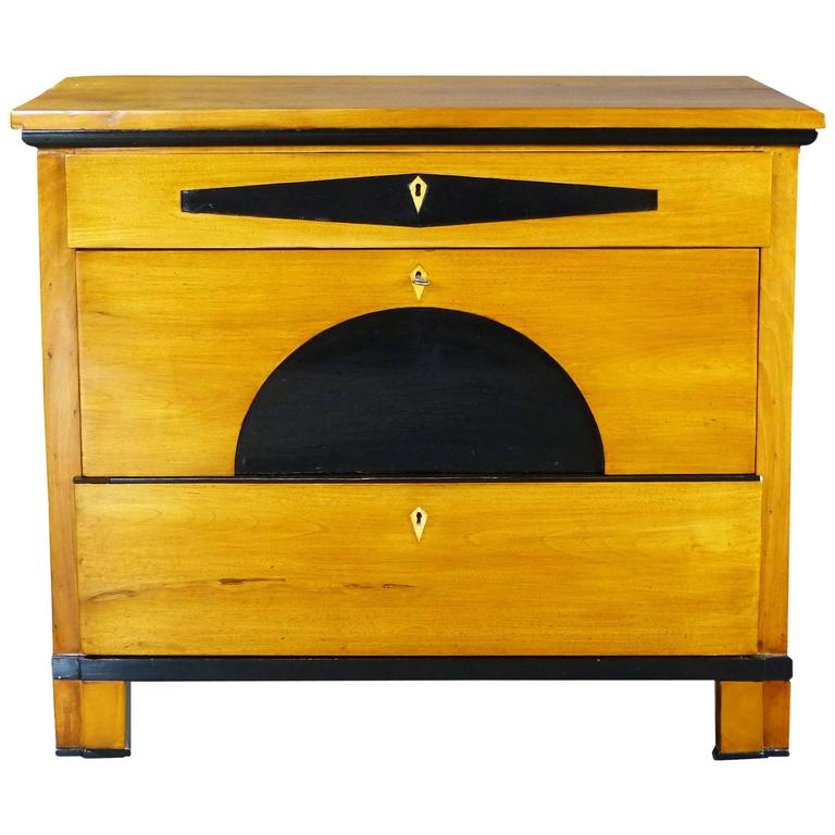 Biedermeier Commode Chest of Drawers 19th Century Maplewood