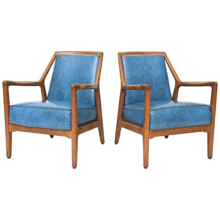 Pair of Italian Modern Walnut Armchairs, Carlo di Carli For Sale