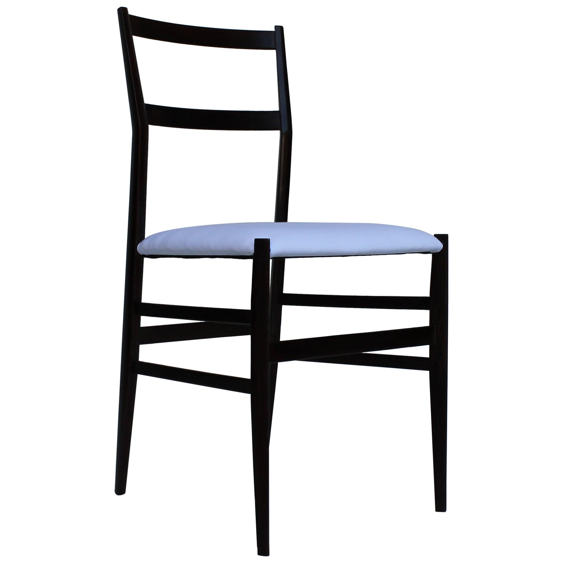 Midcentury Giò Ponti Mahogany Ashwood 699 Leggera Italian Chair for Cassina 1957