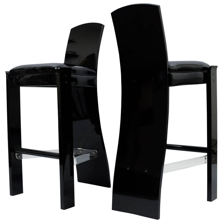 Pair of Black Lucite Hill Mfg. Mid Century Modern Curved Sculptural Bar Stools For Sale
