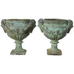 Pair of Classically Inspired Urns