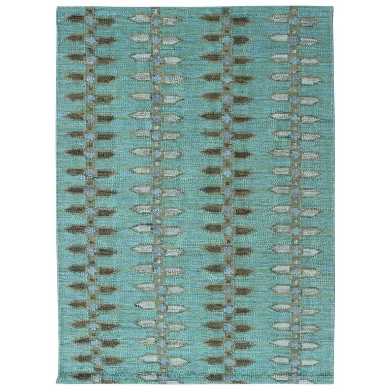 Scandinavian Design Flat-Weave Rug With All-Over Design In