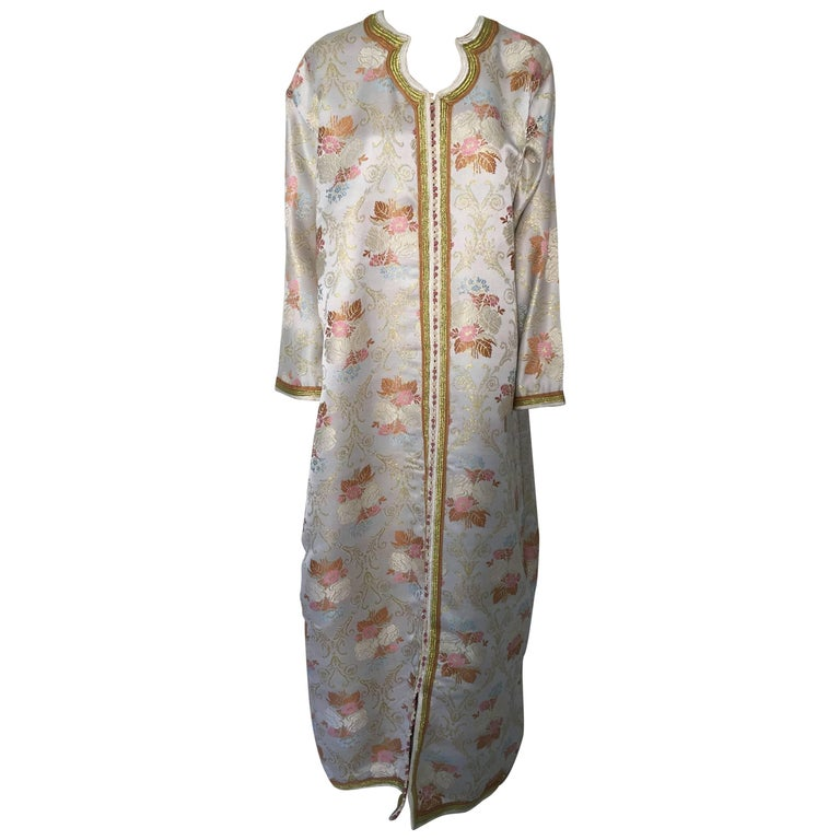 Moroccan Kaftan in Lame Brocade Fabric Size L to XL For Sale