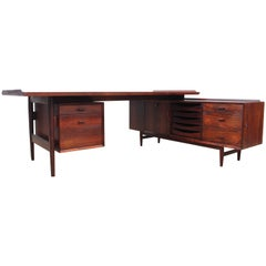 Mid-Century Modern Scandinavian Large Desk in Rosewood by Arne Vodder