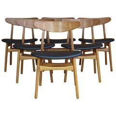 Set of Six Hans Wegner Model CH30 Oak Dining Chairs Carl Hansen & Son Denmark