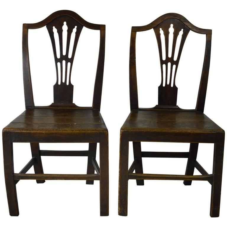 Pair of Antique Oak Country Hepplewhite Chairs For Sale  sc 1 st  1stDibs & Pair of Antique Oak Country Hepplewhite Chairs For Sale at 1stdibs