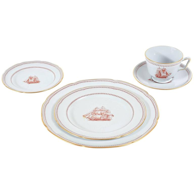 China Service for Ten, 50 Pieces Spode Tradewinds in Red, Dinner Plates, Salads
