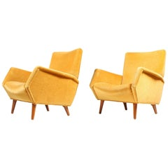 Pristine Lounge Chairs by Gio Ponti