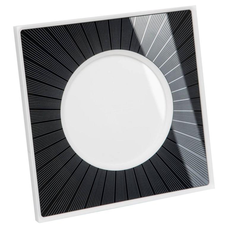 Italian Modern Design Picture Frame in Black Plexiglass, Sharing Black    For Sale