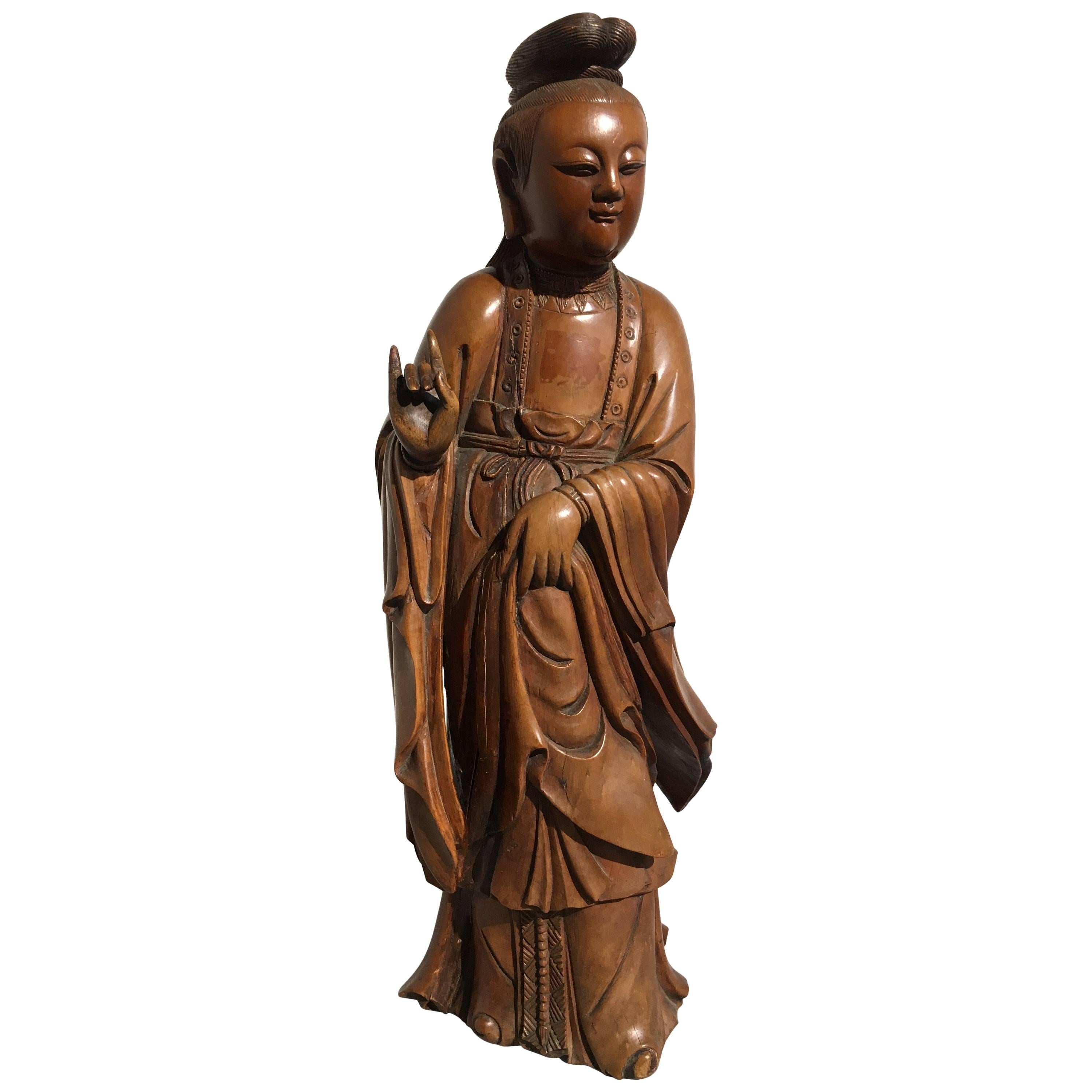 Chinese Carved Boxwood Figure of Guanyin, Mid-Qing Dynasty