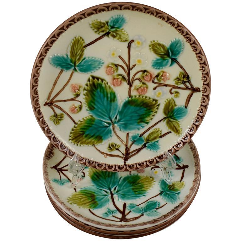 Aesthetic Movement Majolica Strawberry Pattern Dessert Plates, Set of Four