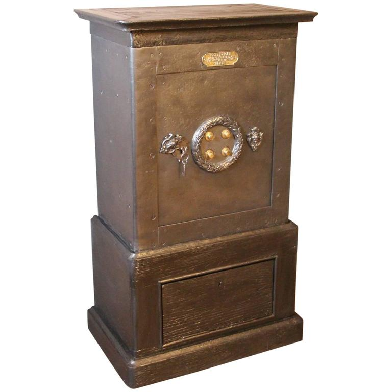 Black Steel, Iron and Wood Safe with All Keys and Working Combination by Petitje For Sale