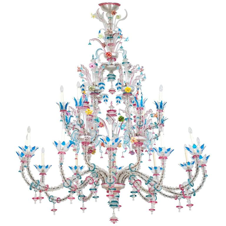 Italian Venetian, CaRezzonico Chandelier, blown Murano Glass, in Pasta, G. Ferro