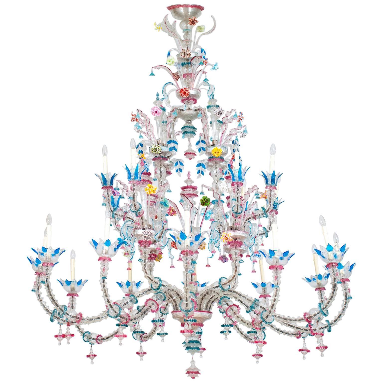 Imposing Italian Rezzonico Chandelier in blown Murano Glass with flowers 1960s