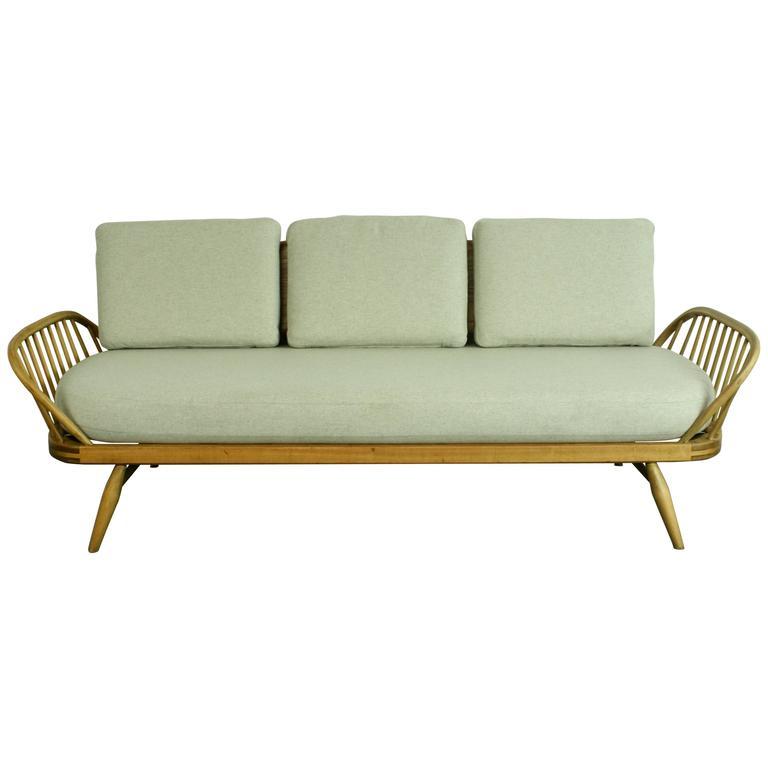 Refurbished sofa bed hereo sofa for Sofa bed yeovil