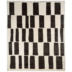 Black and White Tibetan Wool and Silk Area Rug By CARINI 8x10