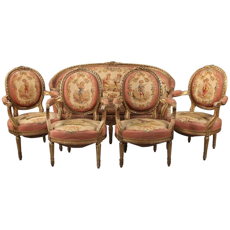 Beautiful Late 19th Century Five-Piece Carved Giltwood Aubusson Parlor Set