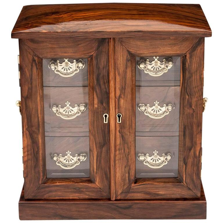 Antique Glazed Jewelry Cabinet of Feathered Walnut and Brass For Sale - Antique Glazed Jewelry Cabinet Of Feathered Walnut And Brass For