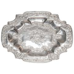 Mid-17th Century Dutch Silver Repousse' Shaped Glove Tray
