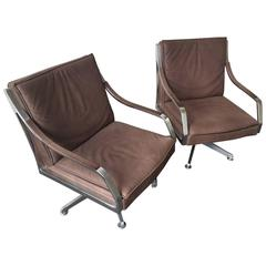 set of two executive lounge chairs by art collection - very comfortable !
