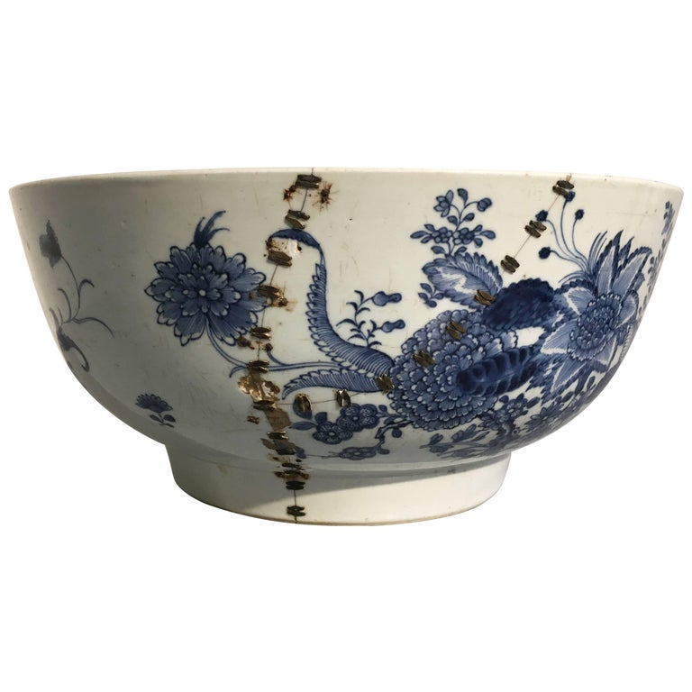 Large Chinese Export Punchbowl with Staple Repairs, 18th Century For Sale