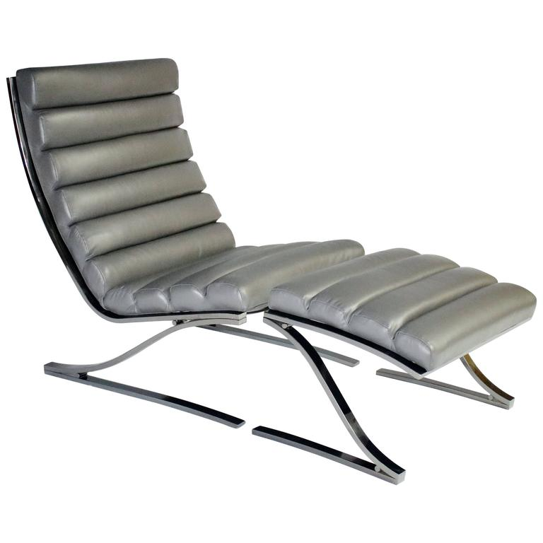 Design Institute of America Cantilevered Lounge Chair and Ottoman 1