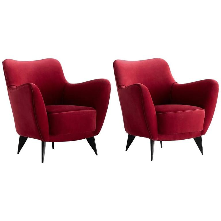 Giulia Veronesi Pair of Perla Armchairs in Red Velvet, Isa Bergamo, 1950s