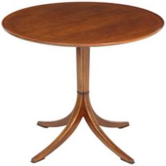 Scandinavia Modern Frits Henningsen Side Table, circa 1940s