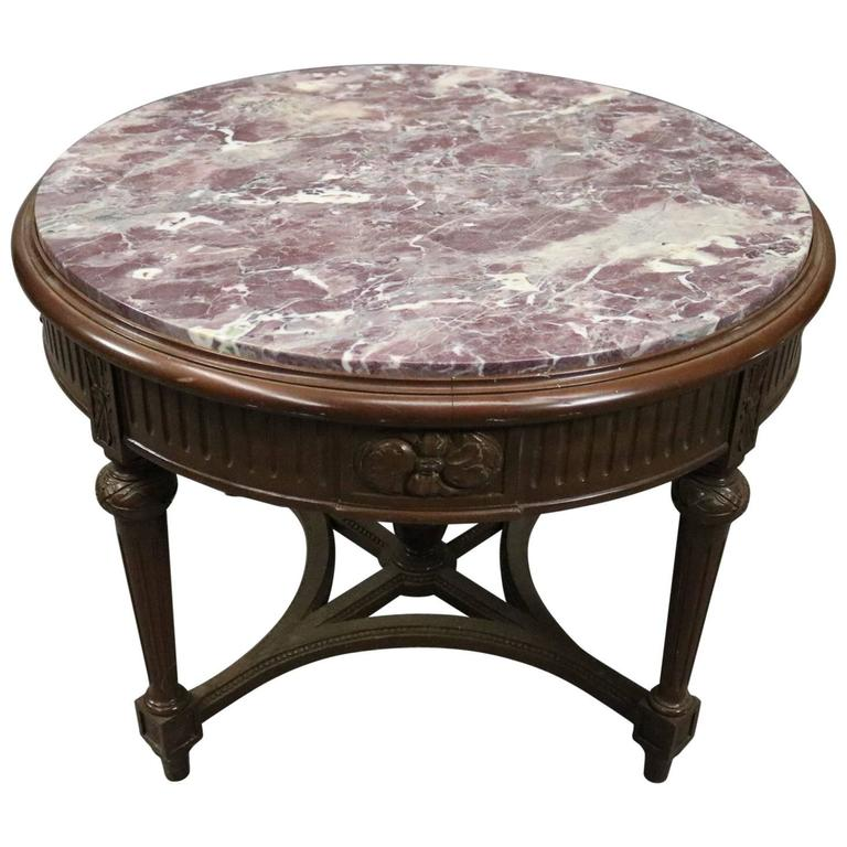 Attirant Vintage French Carved Mahogany And Marble Round End Table, Circa 1940 For  Sale