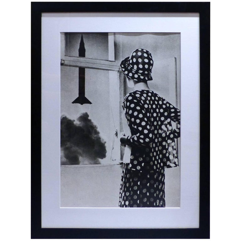 helmut newton framed poster fashion gerald mc cann queen paris 1967 for sale at 1stdibs. Black Bedroom Furniture Sets. Home Design Ideas