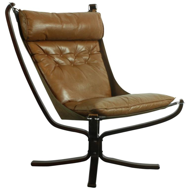 vintage high back light brown leather falcon chair. Black Bedroom Furniture Sets. Home Design Ideas