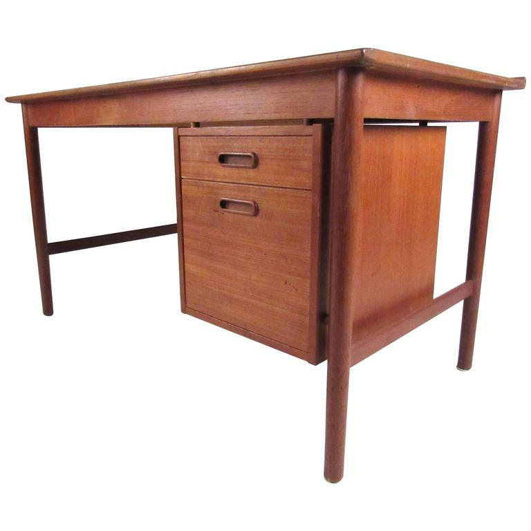 DUX Model 541 Teak Writing Desk