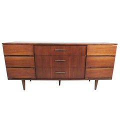 Stylish Mid-Century Bedroom Dresser