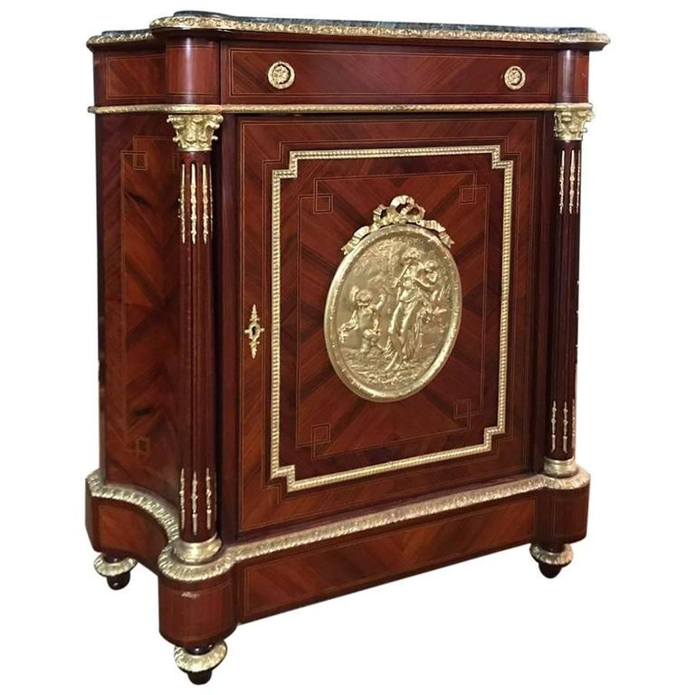 meuble de appui cabinet in the louis xv style for sale at 1stdibs. Black Bedroom Furniture Sets. Home Design Ideas