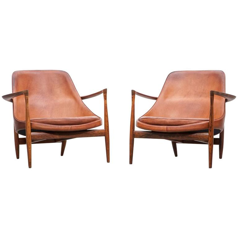 1950´s Brown Wooden And Leather Pair Of Lounge Chairs By Ib Kofod Larsen