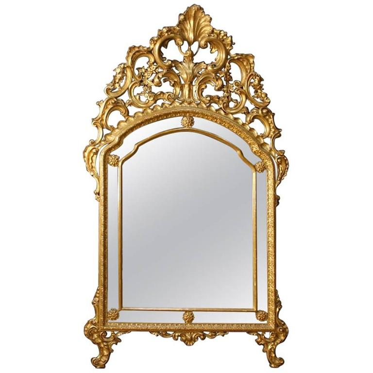 50540e76f6a7 20th Century Italian Mirror in Golden Wood in Louis XV Style For Sale